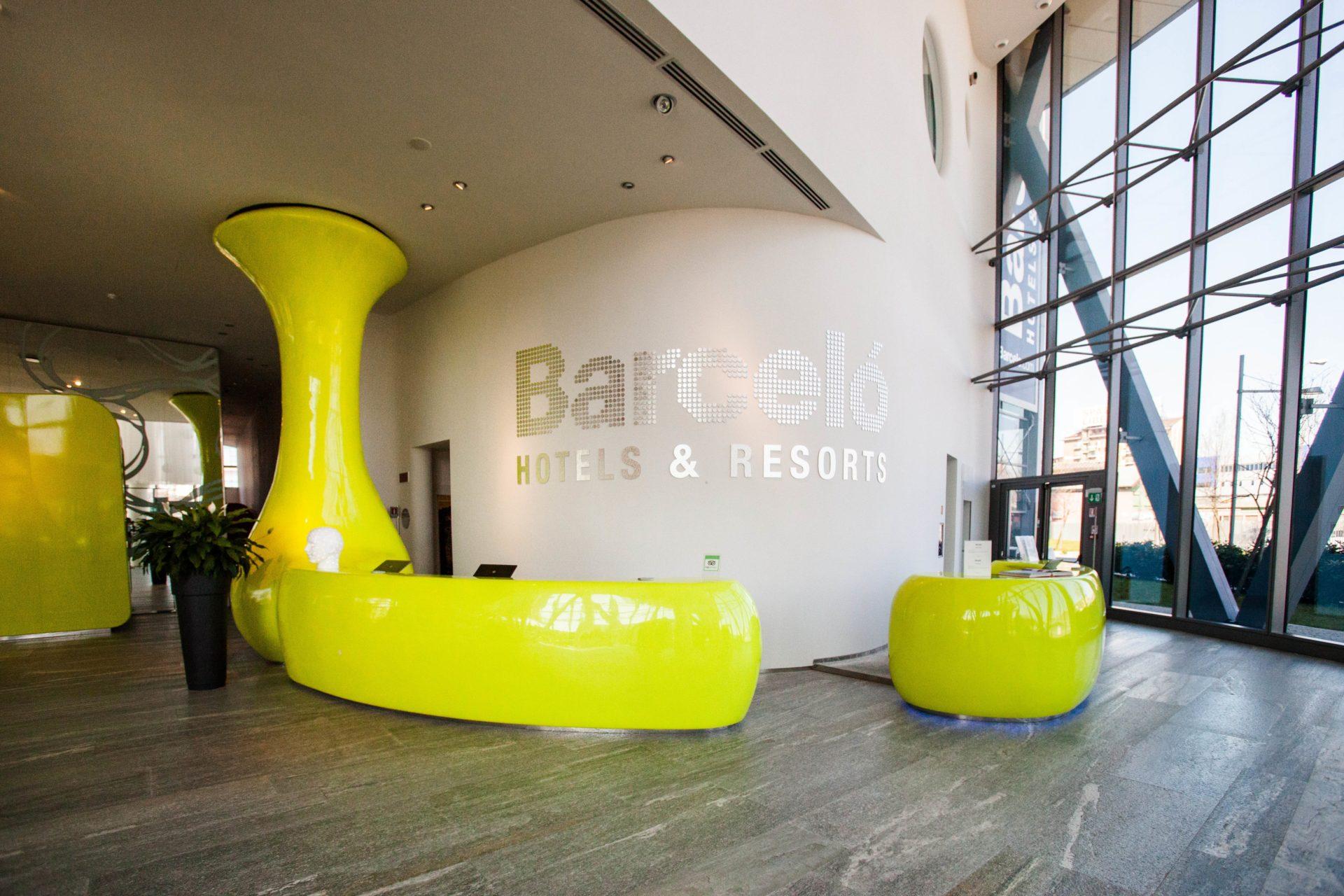El barcel mil n obtiene el premio international hotel for Hoteles diseno milan