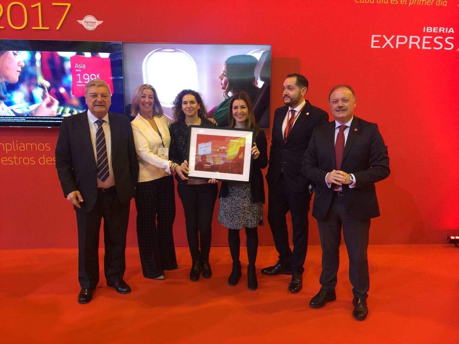 Viajes amaia reconocida por iberia como mejor agencia del for Oficinas de iberia en madrid